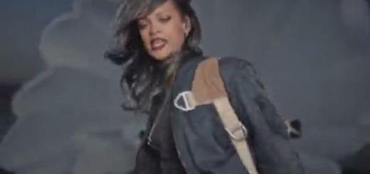 Rihanna - American Oxygen thumbnail
